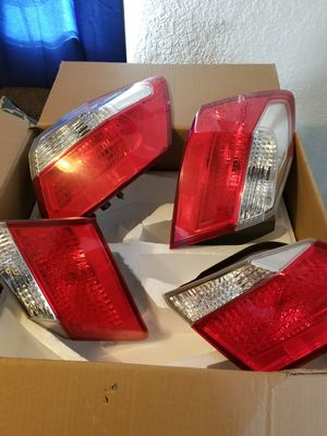 2013 honda accord rear light for Sale in Independence, KS