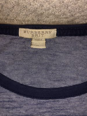 Burberry Men's Crewneck Size: Medium for Sale in Silver Spring, MD