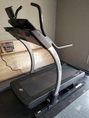 Nordic Track X9i Incline Trainer for Sale in Roanoke, TX