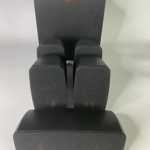 Klipsch Black Reference Theater Pack 5.1 Surround Sound System (read description) for Sale in Temecula, CA