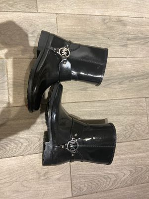 Michael Kors women's size 7 rain boots used once for Sale in Miami Gardens, FL