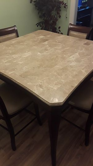 Dinning table for sale for Sale in Detroit, MI