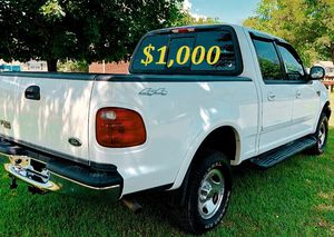 🟢💲1,OOO For sale URGENTLY this Beautiful💚2002 Ford F150 nice Family truck XLT Super Crew Cab 4-Door Runs and drives very smooth V8🟢 for Sale in St. Pete Beach, FL