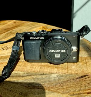 Olympus E-PL5 Digital Camera 7.2V for Sale in Scottsdale, AZ