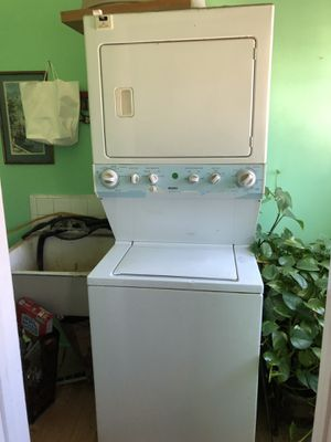Stacked Washer and Dryer for Sale in Los Angeles, CA