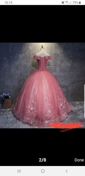 NEW QUINCEANERA DRESSES SIZE 2-4 for Sale in Hialeah, FL
