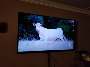 60 inch Sharp Smarr TV for Sale in Fort Worth, TX