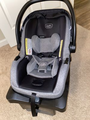 Car seat for Sale in Clayton, NC