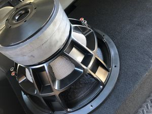 Mrmusicman Big Daddy 15 inch Subwoofer in MMM enclosure for Sale in Tempe, AZ