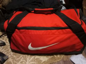 Big size Nike duffle bag for Sale in Del City, OK