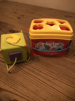 Shape sorter - fisher price - fat brain for Sale in Coral Springs, FL