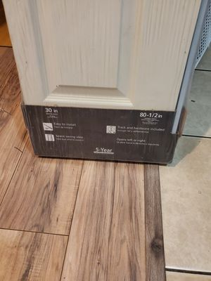 30x 80 1/2 bifold door for Sale in Lawndale, CA