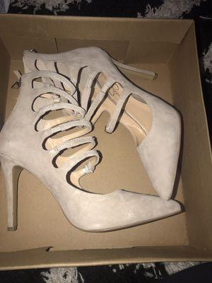 Jessica Simpson Creme Heels for Sale in Boston, MA