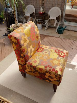 Accent Chair Armless Floral for Sale in San Diego, CA