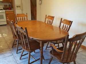 Kitchen table for Sale in Bellwood, IL