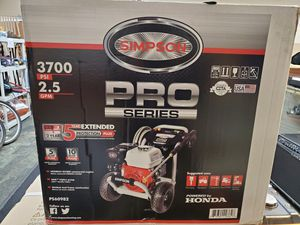 BRAND NEW SIMPSON HIGH QUALITY 3700 PSI and 2.5 gpm pressure washer for Sale in Bensalem, PA