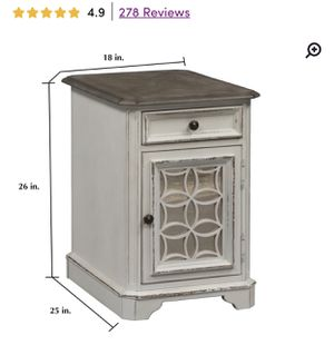 Farmhouse end table for Sale in Moseley, VA
