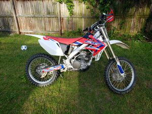 07 CRF 250 R for Sale in Glen Burnie, MD