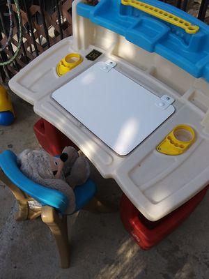 Kids desk for Sale in Hazard, CA