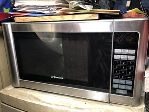 Emerson microwave for Sale in Pomona, CA
