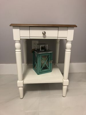 End Table by Charlton Home for Sale in Miami, FL