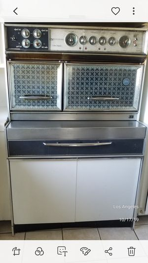 Vintage stove oven works for Sale in Los Angeles, CA