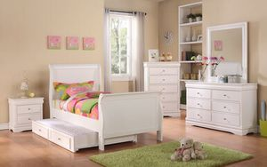 Twin bedroom set 6 pcs (no mattress) $899 for Sale in Apple Valley, CA
