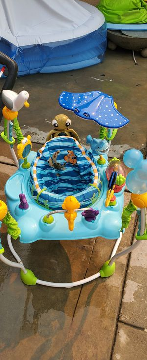 Finding Nemo Bouncer (360° Rotated) for Sale in West Covina, CA