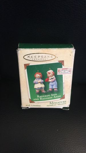 Keepsake Hallmark Raggedy Ann and Andy miniature Christmas ornament set for Sale in Gilbert, AZ