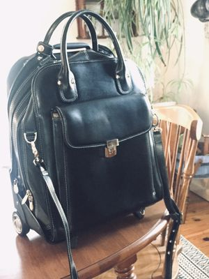 MCKLEIN laptop bag USA Leather rolling pack shoulder carry on for Sale in Tacoma, WA