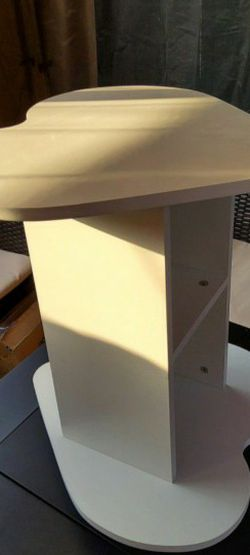 *New* Side table (Heart Shape) for Sale in Buena Park,  CA