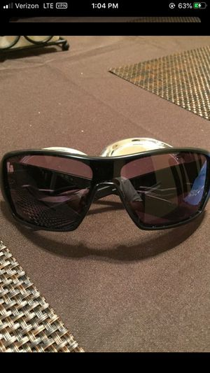 Shaun White Oakley Sunglasses for Sale in Fresno, CA