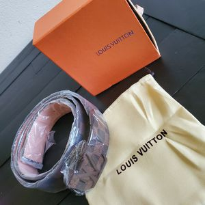 Brand New Louis Vuitton Belt Comes With Dust Bag And Box for Sale in Perris, CA