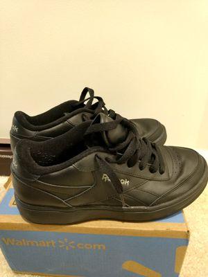 Reebok men shoes size 9 for Sale in Ashburn, VA
