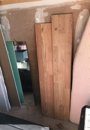 Free pieces of laminate flooring for Sale in Austin, TX