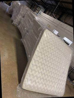 Overstock mattress sale! C MN for Sale in China Spring,  TX