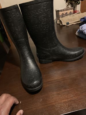 ugg rain boots for Sale in Pittsburgh, PA