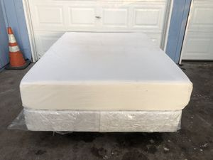 Tonight Only! Complete Full Size Bed Set for Sale in Fresno, CA