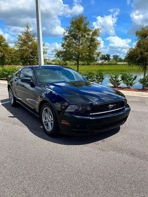 2014 Ford Mustang V6 Premium for Sale in Orlando, FL