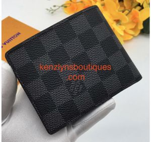 Men's Fashion Wallet READ DESCRIPTION FREE SHIPPING SHIPPING ONLY for Sale in Cary, NC