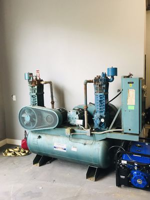 BIG Air Compressor for Sale in Acworth, GA