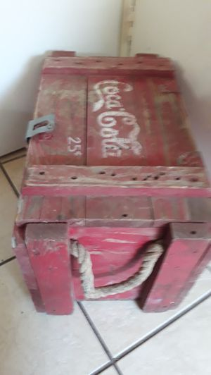 Real wood-Cola box for Sale in Smyrna, TN