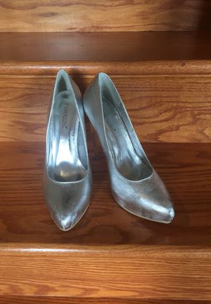 Size 8 Shoe dazzle Heels for Sale in Dillwyn, VA