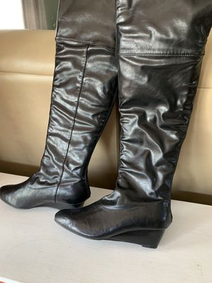 Women boots , size 7 for Sale in Gainesville, VA
