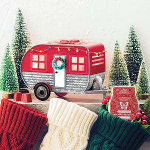 Scentsy Christmas Camper Warmer of the month November, New In Box for Sale in Pompano Beach, FL