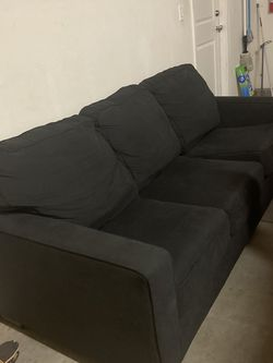 Black Queen Sleeper Sofa for Sale in Escondido,  CA