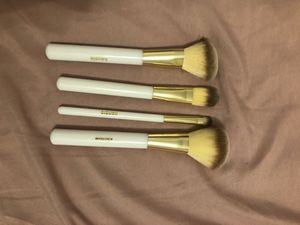 Makeup brushes for Sale in Webberville, TX