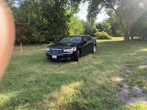 Bonito carro unico dueño en buen estado for Sale in West Chicago, IL
