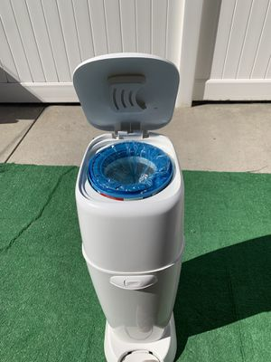 Playtex diaper genie for Sale in Queens, NY