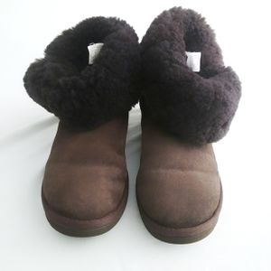 UGG Brown Boots Size 7 for Sale in Aurora, CO